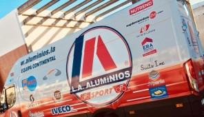 Equipa Profissional LA Aluminios com o Suplementos24